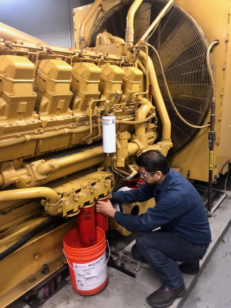 Oil Change Cat 3512